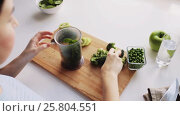 Купить «woman cooking vegetable solid baby food at home», видеоролик № 25804551, снято 22 февраля 2017 г. (c) Syda Productions / Фотобанк Лори