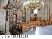 Купить «Интерьер церкви Святого Великомученика Георгия в городе Лод (Лидда), Израиль», фото № 25813215, снято 13 мая 2014 г. (c) Александр Гаценко / Фотобанк Лори