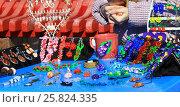Праздничный стол с рукодельной бижутерией на празднике Наурыз (2017 год). Редакционное фото, фотограф Владимир Абакумов / Фотобанк Лори