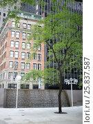 Купить «NEW YORK, USA - SEP 08, 2014: Building of Eurostars Wall Street in New York City», фото № 25837587, снято 8 сентября 2014 г. (c) Losevsky Pavel / Фотобанк Лори