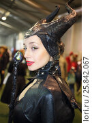 Купить «MOSCOW - OCT 12, 2014: Portrait of girl in a black suit Maleficent at the EveryCon 2014 in the exhibition center Sokolniki», фото № 25842067, снято 12 октября 2014 г. (c) Losevsky Pavel / Фотобанк Лори