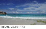 Купить «african island beach in indian ocean», видеоролик № 25861143, снято 12 февраля 2017 г. (c) Syda Productions / Фотобанк Лори