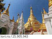 Купить «Shwedagon Paya is the most sacred golden buddhist pagoda in Yangon, Myanmar», фото № 25905943, снято 26 марта 2019 г. (c) BE&W Photo / Фотобанк Лори