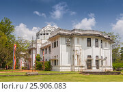 Купить «The facade of Jetavana Museum, located in old mansion next to the large garden and archaeological site of Vihara, Anuradhapura, Sri Lanka», фото № 25906083, снято 16 октября 2018 г. (c) BE&W Photo / Фотобанк Лори
