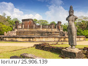 Купить «Vatadage (Round House) of Polonnaruwa ruin Unesco world heritage on Sri Lanka», фото № 25906139, снято 16 октября 2018 г. (c) BE&W Photo / Фотобанк Лори