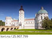 Renaissance castle in Krasiczyn in southeastern of Poland. Стоковое фото, агентство BE&W Photo / Фотобанк Лори