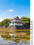 Купить «Угловая башня Тацумиягура замка Эдо, Токио, Япония», фото № 25922619, снято 6 августа 2016 г. (c) Иван Марчук / Фотобанк Лори