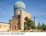 Купить «Мечеть Биби-Ханум, Самарканд, Узбекистан», фото № 25936947, снято 15 октября 2016 г. (c) Юлия Бабкина / Фотобанк Лори