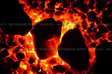 Купить «Фон из горящего угля мелкой фракции и уложенной по диагонали крупной», фото № 25955811, снято 10 апреля 2017 г. (c) Игорь Кутателадзе / Фотобанк Лори