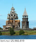 Купить «Russian wooden architecture on Kizhi island», фото № 25966819, снято 5 августа 2015 г. (c) Михаил Коханчиков / Фотобанк Лори