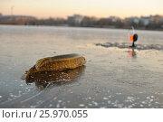 Купить «Зимняя ловля на жерлицы», фото № 25970055, снято 25 июня 2019 г. (c) Юрий Фатеев / Фотобанк Лори