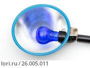 Violet lamp on the white background. Стоковое фото, фотограф Антон Соваренко / Фотобанк Лори