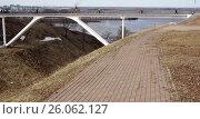Пешеходный мост. Нижний Новгород (2017 год). Стоковое фото, фотограф Юрий Леденцов / Фотобанк Лори