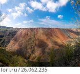 Ore quarry in the city of Krivoi Rog in Ukraine (2017 год). Стоковое фото, фотограф Oleksandr Khalimonov / Фотобанк Лори