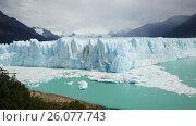 Купить «Glacier Perito Moreno (Glaciar Perito Moreno), mountains and lake Argentino (Lago Argentino), national park Los Glyacious. Patagonia, Argentina», видеоролик № 26077743, снято 9 марта 2017 г. (c) Яков Филимонов / Фотобанк Лори