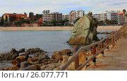 Купить «General view of Lloret de Mar on the seafront», видеоролик № 26077771, снято 13 марта 2017 г. (c) Яков Филимонов / Фотобанк Лори