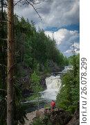 The Kivach waterfall. Karelia. July 2013. Водопад Кивач. Карелия. Июль 2013. Стоковое фото, фотограф Павел Семенцов / Фотобанк Лори