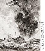 German submarine bombed and sunk August 26 1915, by Squadron-Commander Arthur Wellesley Bigsworth R. N. From The War Illustrated Album deLuxe published London 1916. (2007 год). Редакционное фото, фотограф Classic Vision / age Fotostock / Фотобанк Лори