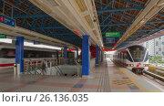 Купить «Subway Metro Station Time Lapse Commuters Riding Train», видеоролик № 26136035, снято 28 января 2020 г. (c) Кирилл Трифонов / Фотобанк Лори