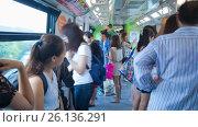 Купить «Passengers inside Singapore monorail train  motion timelapse», видеоролик № 26136291, снято 19 марта 2019 г. (c) Кирилл Трифонов / Фотобанк Лори