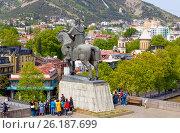 Купить «Памятник Вахтангу Горгасали. Тбилиси, Грузия», фото № 26187699, снято 29 апреля 2017 г. (c) Сергей Афанасьев / Фотобанк Лори