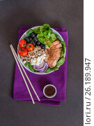 Quinoa and Chicken Buddha Bowl. Стоковое фото, фотограф Татьяна Ворона / Фотобанк Лори