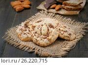 Купить «Homemade almond cookies», фото № 26220715, снято 19 января 2016 г. (c) Надежда Нестерова / Фотобанк Лори