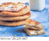 Купить «Carols cheesecake with cottage cheese», фото № 26231667, снято 10 мая 2017 г. (c) Ольга Сергеева / Фотобанк Лори