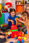 Break school of children playing in kids cubes indoor., фото № 26295983, снято 25 марта 2017 г. (c) Gennadiy Poznyakov / Фотобанк Лори