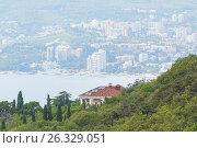 Купить «Здание на побережье Черного моря», фото № 26329051, снято 5 августа 2015 г. (c) Дмитрий Тищенко / Фотобанк Лори