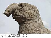 Купить «Морской слон. Одна из четырех скульптур на Верхнем озере. Калининград, 2017», эксклюзивное фото № 26354515, снято 23 мая 2017 г. (c) Ната Антонова / Фотобанк Лори