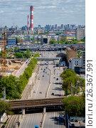 Купить «Москва, вид сверху на шоссе Энтузиастов», фото № 26367991, снято 22 мая 2017 г. (c) glokaya_kuzdra / Фотобанк Лори