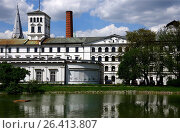 White Factory - Biala Fabryka, constructed in years 1835-1839 to host textile factory which belonged to Ludwik Geyer, currently it hosts Central Museum... Стоковое фото, фотограф Danuta Hyniewska / age Fotostock / Фотобанк Лори