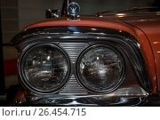"Купить «STUTTGART, GERMANY - MARCH 04, 2017: Headlamp of a full-size car Ford Galaxie Skyliner, 1959. Europe's greatest classic car exhibition ""RETRO CLASSICS""», фото № 26454715, снято 4 марта 2017 г. (c) Sergey Kohl / Фотобанк Лори"