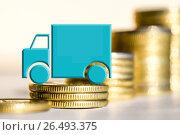 Купить «Грузовой автомобиль на фоне денег», фото № 26493375, снято 12 февраля 2016 г. (c) Сергеев Валерий / Фотобанк Лори