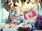 Seller offering sliced bacon, фото № 26581975, снято 2 января 2017 г. (c) Яков Филимонов / Фотобанк Лори