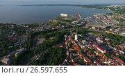 Купить «Финский залив с морским портом города Таллин. Вид сверху со стороны старого города. Эстония», видеоролик № 26597655, снято 29 июня 2017 г. (c) Кекяляйнен Андрей / Фотобанк Лори