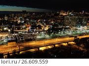 Купить «Сочи, ночной вид сверху на железнодорожный вокзал и городскую застройку в Центральном районе», фото № 26609559, снято 25 августа 2019 г. (c) glokaya_kuzdra / Фотобанк Лори