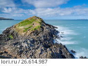 Купить «Trwynhwrddyn seen from Wales Coast Path at St David's Head, Pembrokeshire Coast National Park,Wales, United Kingdom, Europe.», фото № 26614987, снято 2 апреля 2017 г. (c) age Fotostock / Фотобанк Лори