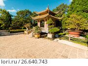 Купить «Old Temples in Da Lat, Vietnam. Linh Son pagoda», фото № 26640743, снято 23 января 2017 г. (c) Сергей Тимофеев / Фотобанк Лори