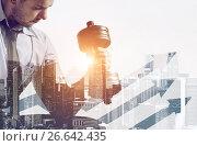 Building business muscles. Стоковое фото, фотограф Сергей Петерман / Фотобанк Лори