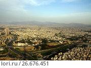 Купить «Вид на Тегеран с башни Бордже Милад на закате», фото № 26676451, снято 1 июня 2011 г. (c) Александр Гаценко / Фотобанк Лори