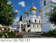 Купить «Trinity cathedral in Ipatievsky monastery», фото № 26702131, снято 30 июля 2015 г. (c) ElenArt / Фотобанк Лори