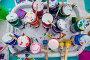 Вид сверху на баночки с гуашью и кистями на мастер классе по рисованию, фото № 26729811, снято 29 июля 2017 г. (c) Николай Винокуров / Фотобанк Лори
