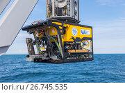Телеуправляемый подводный необитаемый аппарат SMD Quasar перед спуском в воду (2017 год). Редакционное фото, фотограф Алексей Шматков / Фотобанк Лори