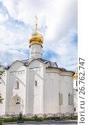 Купить «Введенская церковь в Сергиевом Посаде», фото № 26762747, снято 22 июля 2017 г. (c) Алёшина Оксана / Фотобанк Лори