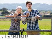 Купить «Man and woman drinking milk», фото № 26818819, снято 26 марта 2019 г. (c) Яков Филимонов / Фотобанк Лори