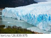 Купить «Glacier Perito Moreno and mountains», фото № 26839975, снято 2 февраля 2017 г. (c) Яков Филимонов / Фотобанк Лори