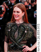 Купить «The Gala Opening Ceremony of the 69th Cannes Film Festival Featuring: Julianne Moore Where: Cannes, France When: 11 May 2016 Credit: WENN.com», фото № 26859915, снято 11 мая 2016 г. (c) age Fotostock / Фотобанк Лори