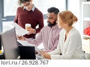 Купить «business team with tablet pc in office», фото № 26928767, снято 1 октября 2016 г. (c) Syda Productions / Фотобанк Лори